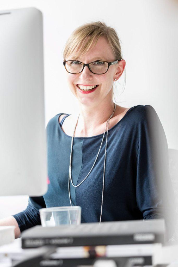 Carolin Wiebusch – Team – neumann communication