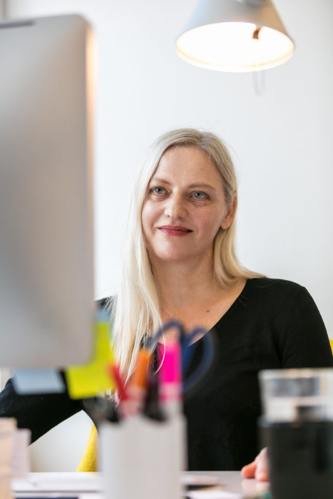 Susanne Dickel – Office Management – neumann communication